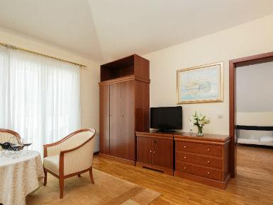 apartman s terasom Baška Voda